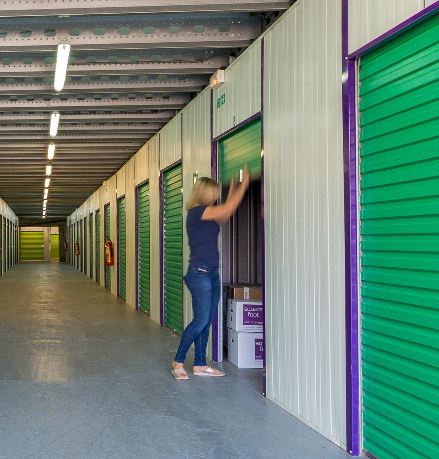 Furniture storage and box rental in Biot, Cannes, Antibes, Valbonne -