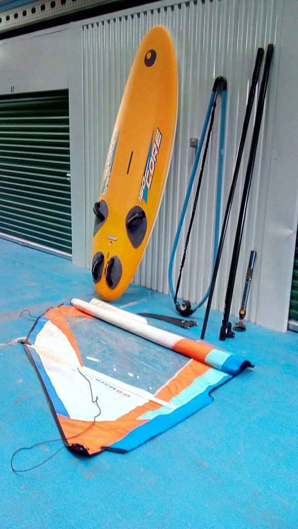 Windsurf board & Sail -
